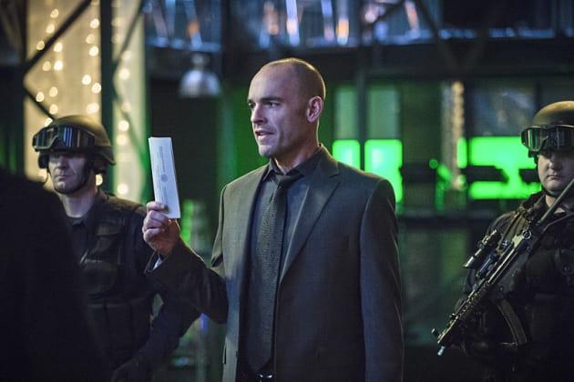 WARRANT!! - Arrow Season 3 Episode 19