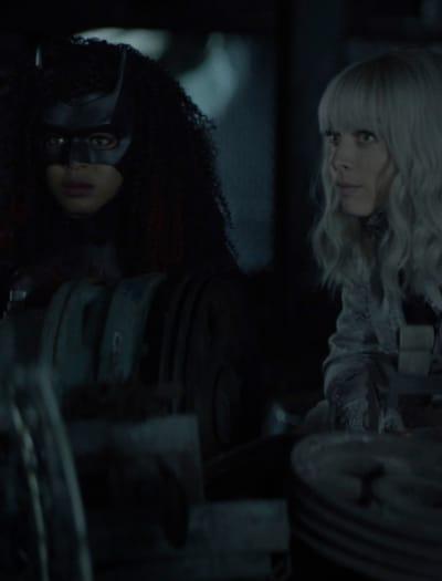 Strange Bedfellows - Batwoman Season 2 Episode 12