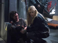 The 100 Season 1 Episode 10