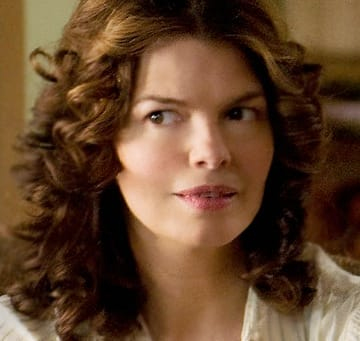 Jeanne Tripplehorn as Barbara Hernrickson