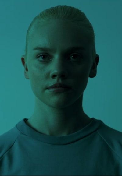 Traitor - Hanna Season 1 Episode 8