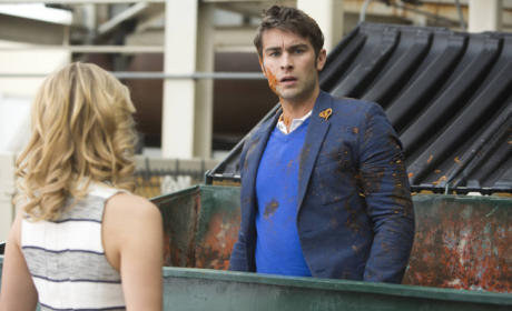 Chace Crawford on Glee!
