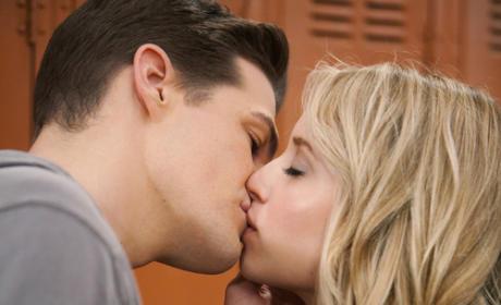 Jack & Grace Kiss