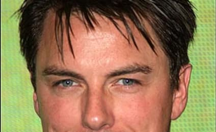 John Barrowman Might Join Desperate Housewives