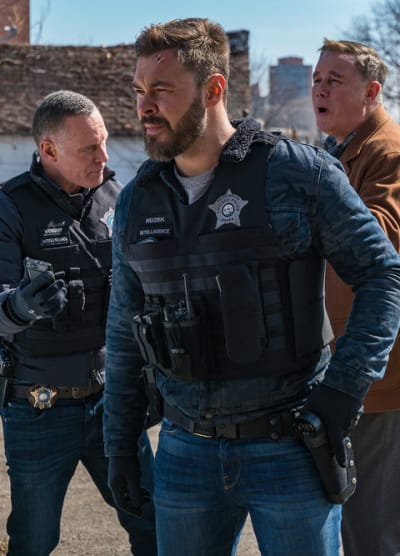 Finding a Kidnapper  - Chicago PD Season 7 Episode 19