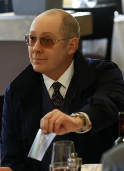 Showing a Picture - The Blacklist Season 6 Episode 20