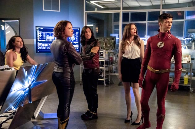Team Flash At Star Labs
