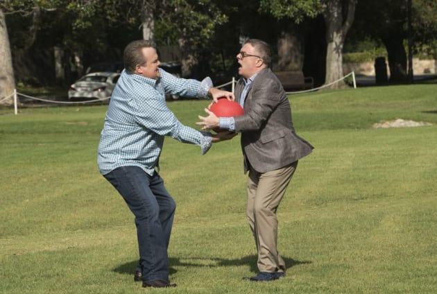 Kickball - Modern Family