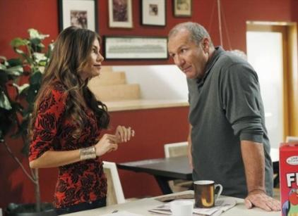 Watch Modern Family Season 4 Episode 1 Online