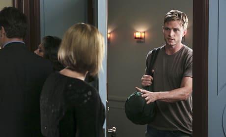 A Surprise Visitor - Hart of Dixie Season 4 Episode 3