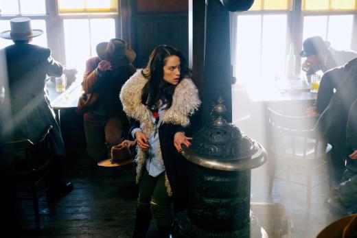 Going on a Trip - Wynonna Earp Season 2 Episode 8