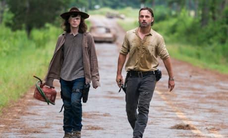 Like Father, Like Son - The Walking Dead Season 8 Episode 8