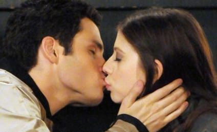Gossip Girl Spoiler: Dan Kissing ... ?