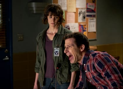 Watch Brooklyn Nine-Nine Season 5 Episode 16 Online
