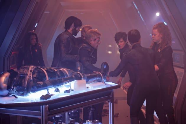 Walking Wounded - Star Trek: Discovery Season 2 Episode 14