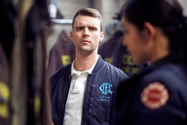 Casey Is Suspicious - Chicago Fire