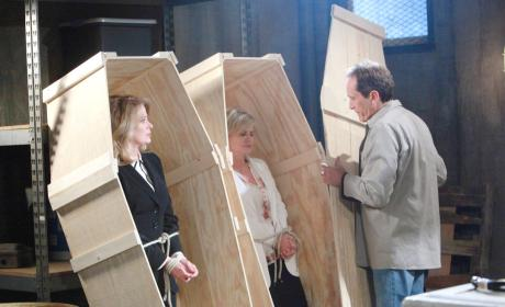 Marlena and Kayla in Coffins - Days of Our Lives