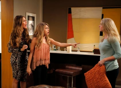 Watch Modern Family Season 6 Episode 24 Online