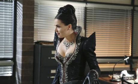 Out of the Vault - Once Upon a Time Season 4 Episode 11