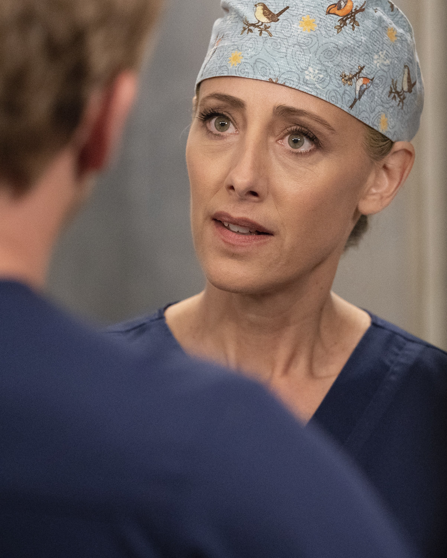 Watch Grey S Anatomy Online Season 15 Episode 8 Tv Fanatic