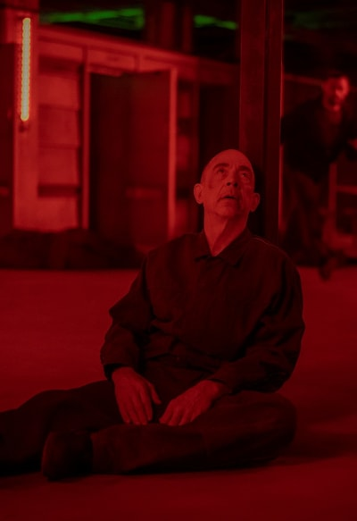 Howard Alpha Gives Up - Counterpart Season 2 Episode 5