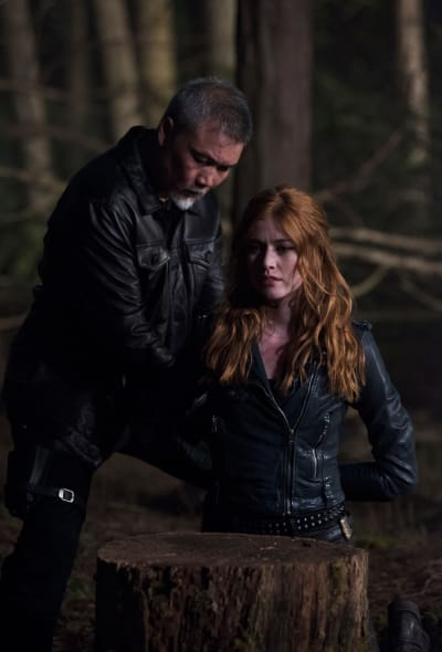Clary Captured - Shadowhunters Season 2 Episode 20