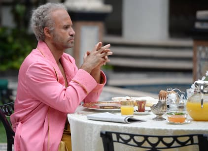 Watch American Crime Story: Versace Season 1 Episode 1 Online