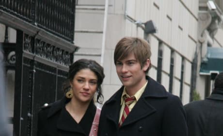 Chace Crawford and Jessica Szohr
