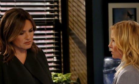 Discovering a Secret - Law & Order: SVU Season 20 Episode 21