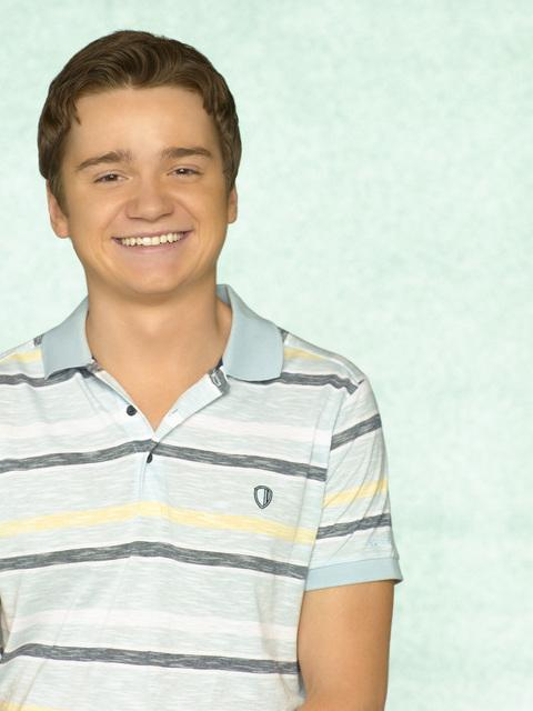 Dan Byrd as Travis Cobb