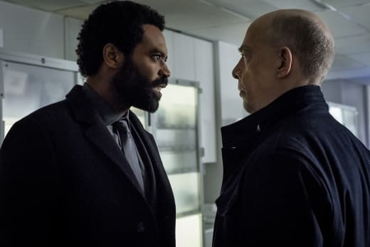 You Can Leave Now - Counterpart Season 1 Episode 4
