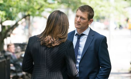 Discussing the Case - Law & Order: SVU Season 20 Episode 4