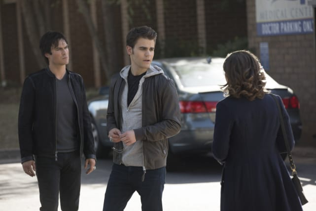 Target Acquired - The Vampire Diaries Season 8 Episode 8