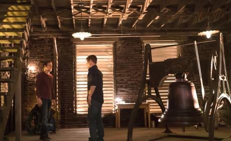 Assembling the Bell - The Vampire Diaries Season 8 Episode 10