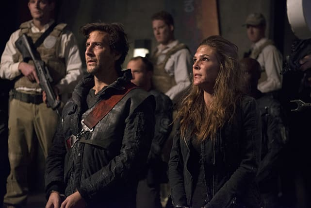 Kane and Abby Captured - The 100