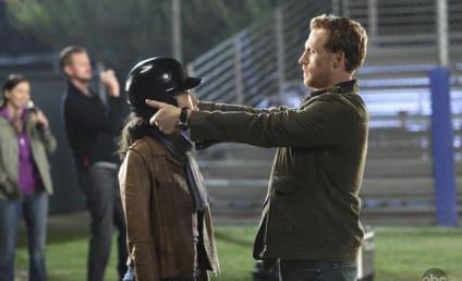 """Grey's Anatomy Recap: """"I Always Feel Like Somebody's Watchin' Me"""""""