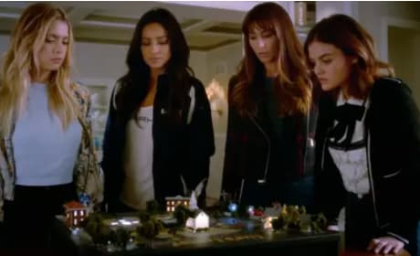 Pretty Little Liars Promo: Aria Meets Uber A