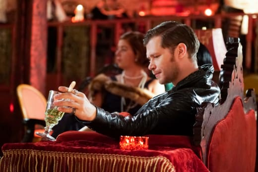To The Past - The Originals Season 5 Episode 5