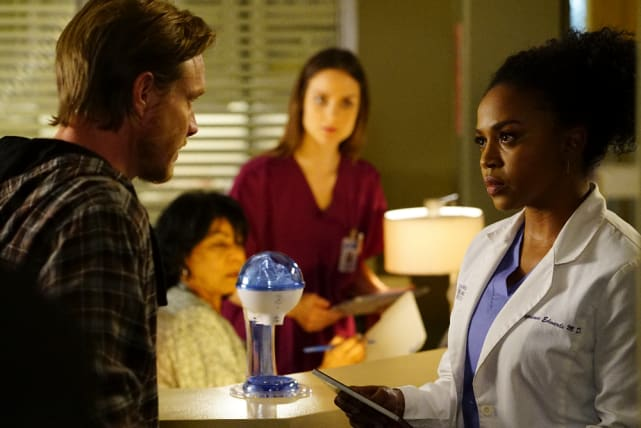Heated Consultation - Grey's Anatomy Season 13 Episode 22