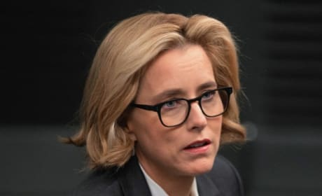 Considering Her Options - Madam Secretary Season 5 Episode 13