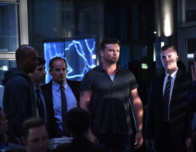 Pierce Has a Secret - Lucifer Season 3 Episode 9