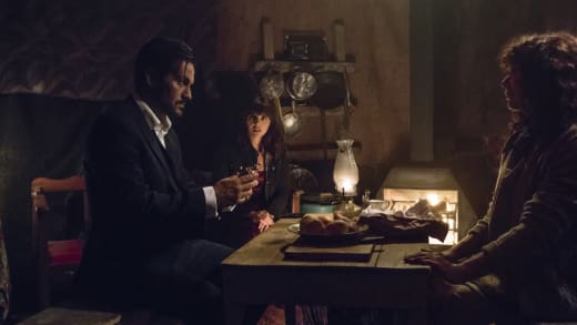 Hooten Finds the Egg - Hooten and The Lady Season 1 Episode 6