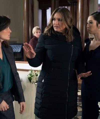 (TALL) Wedding Crasher- Law & Order: SVU Season 20 Episode 19