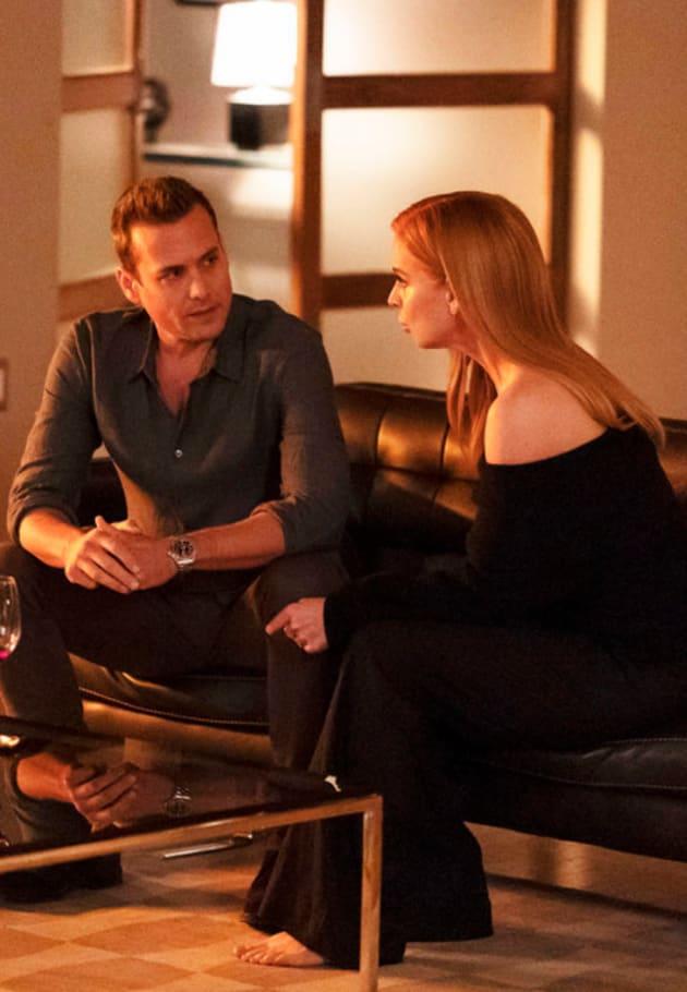 Donna Tells Harvey a Secret - Suits Season 9 Episode 8
