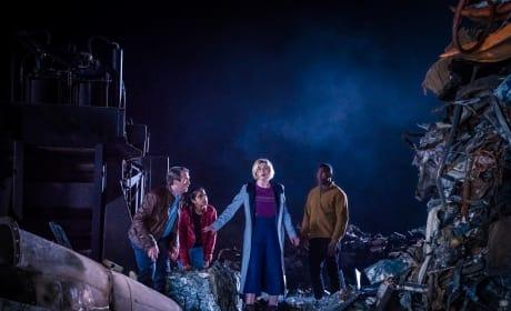Crash Landing - Doctor Who Season 11 Episode 5