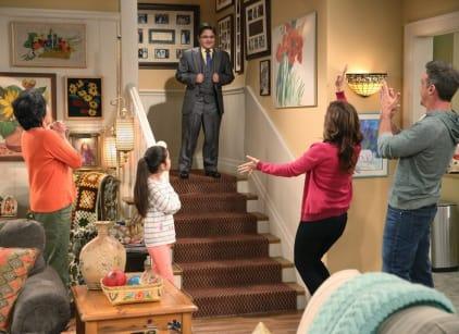 Watch Cristela Season 1 Episode 16 Online