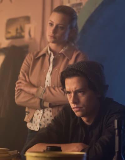 Following Leads - Riverdale Season 3 Episode 2