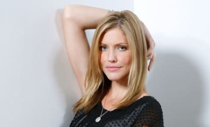 Tricia Helfer Cast on Community As...