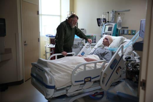 Talking to a Killer - Mr. Mercedes Season 1 Episode 10