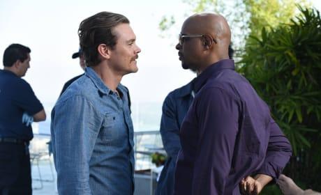I Like Your Shirt - Lethal Weapon Season 2 Episode 2